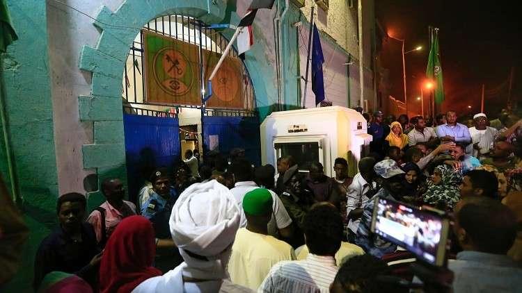 أوروبا تحض السودان على إطلاق سراح المعتقلين السياسيين
