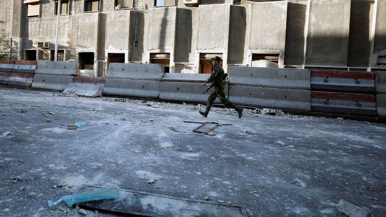 9 قتلى في قصف على أحياء دمشق والجيش يواصل عملياته في الغوطة