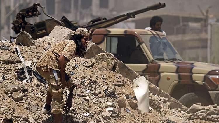 مقتل عدد من جنود الجيش الليبي في تفجير انتحاري إلى الجنوب من مدينة سرت