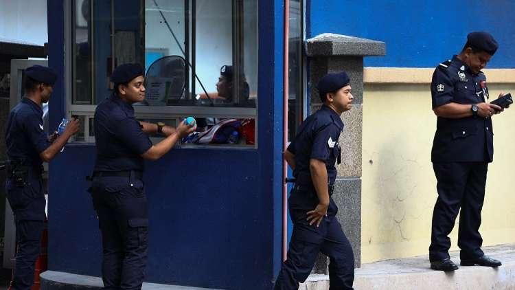 الشرطة الماليزية تعتقل 11 إرهابيا من