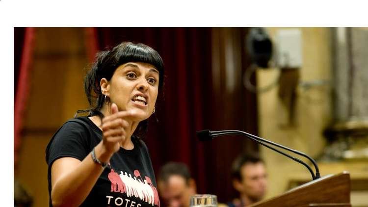 إسبانيا تصدر مذكرة اعتقال بحق آنا غابرييل