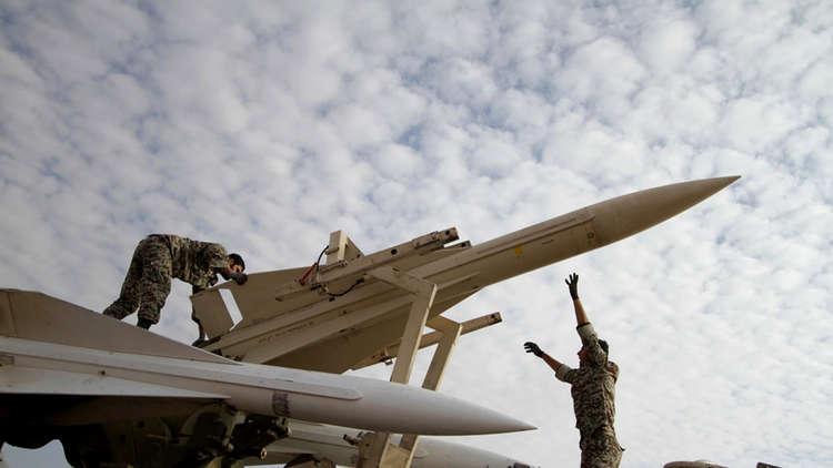 مسؤول استخباراتي إسرائيلي سابق: الكثير من الصواريخ الباليستية يمكن أن توجه نحو  إسرائيل!