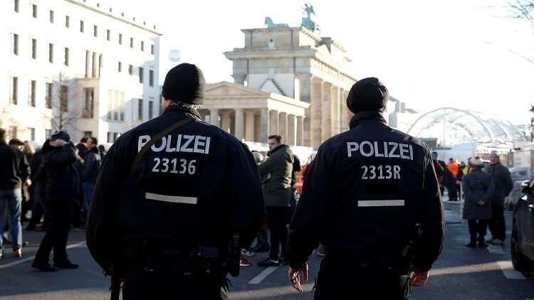 ألمانيا تواجه مشكلات في توفير عمالة متخصصة لمكافحة التطرف