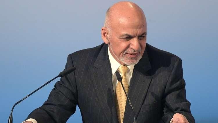 الرئيس الأفغاني مع الاعتراف بطالبان كمنظمة سياسية