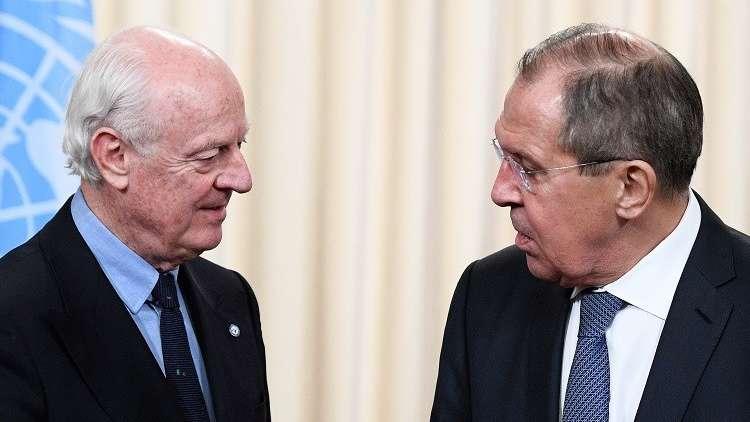 لافروف ودي ميستورا يبحثان نتائج مؤتمر سوتشي وقرار مجلس الأمن بشأن الهدنة في سوريا