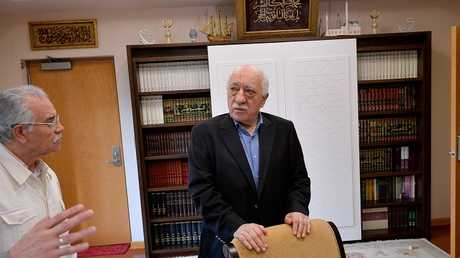 رجل الدين التركي فتح الله غولن