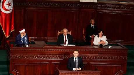 الرئيس الفرنسي ايمانويل ماكرون يلقي كلمة في مجلس نواب الشعب التونسي، 01/02/2018