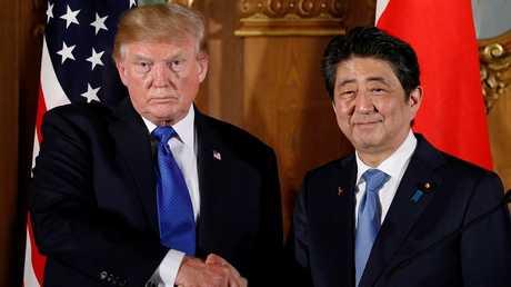 الرئيس الأمريكي دونالد ترامب ورئيس الوزراء الياباني شينزو آبي - أرشيف