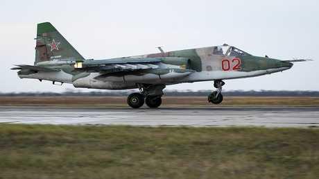 """القاذفة الروسية """"سو-25"""""""