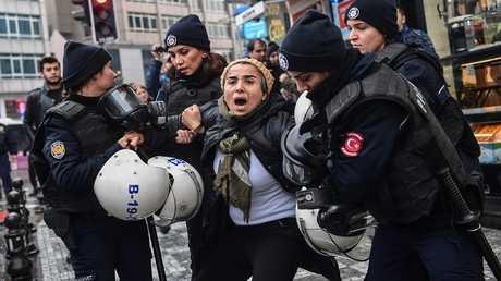 """اعتقالات في تركيا أثناء الاحتجاجات ضد عملية """"غصن الزيتون"""""""