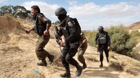 عناصر الأمن التونسي