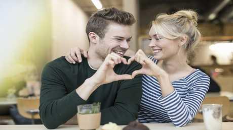 """اختبار طبي جديد يكشف """"الحب الحقيق"""" بدقة 99%"""