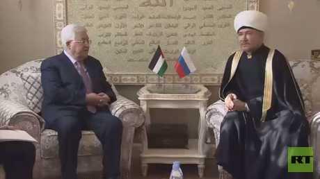 عباس يواصل زيارته إلى موسكو