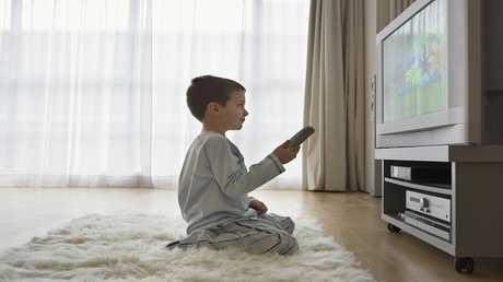 خطر الإفراط في مشاهدة التلفزيون بعمر سنتين