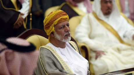 وزير الخارجية العماني، يوسف بن علوي