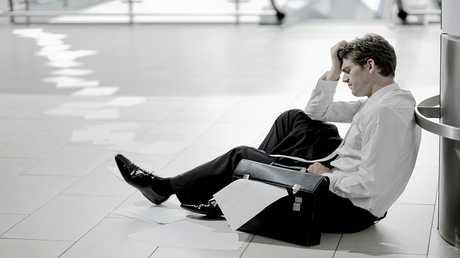 تعرض الأب للضغط يزيد خطر الإصابة بالاكتئاب لدى أطفاله