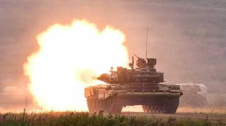 """دبابة """"تي 90"""" الروسية"""