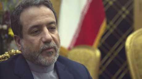 عباس عراقجي يجري مباحثات في لندن ويؤكد رفض طهران تغيير بنود الاتفاق النووي