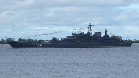 """سفينة الإنزال الهجومية البرمائية الكبيرة """"ألكسندر أوزيركوفسكي"""""""