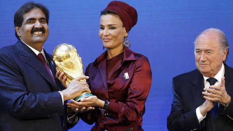 مجلة ألمانية تحدد موعد سحب تنظيم مونديال 2022 من قطر