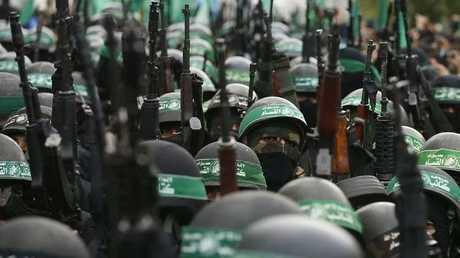 استعراض لمقاتلي القسام في قطاع غزة - أرشيف -