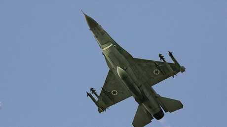"""مقاتلة """"إف — 16"""" الإسرائيلية"""