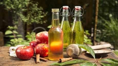 خل التفاح يفيد في تخفيض الوزن