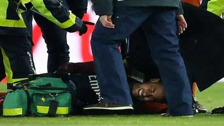 نيمار سيخضع لعملية جراحية في البرازيل