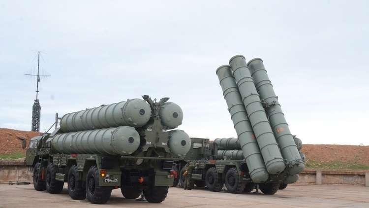 مخاطر العقوبات الأمريكية على تصدير الأسلحة الروسية