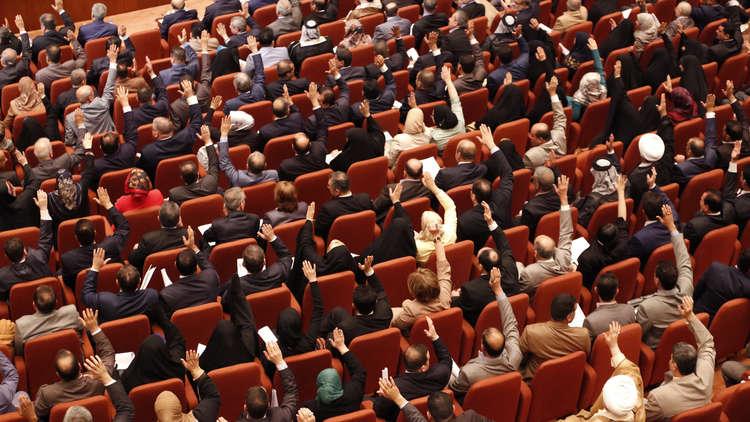 البرلمان العراقي يدعو الحكومة لوضع جدول زمني لمغادرة قوات التحالف