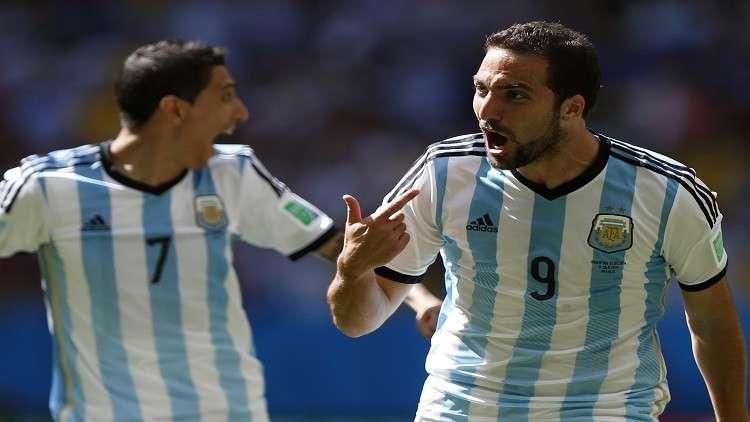 هيغواين يعود إلى صفوف المنتخب الأرجنتيني