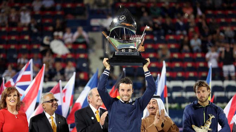 الإسباني باوتيستا بطلا لدورة دبي