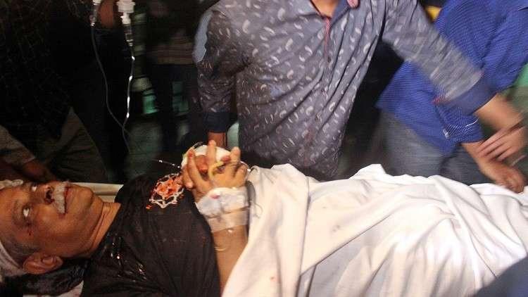 كاتب علماني يتعرض للطعن في بنغلادش