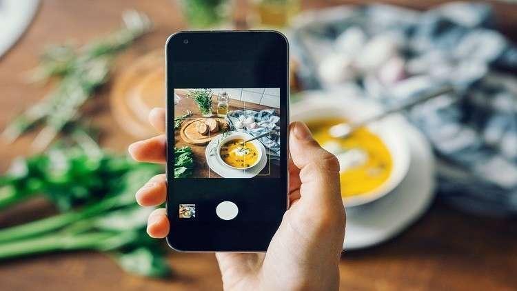 نشر صور طعامك على إنستغرام يكسبك وزنا زائدا