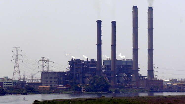 القاهرة توافق على إنشاء منطقة صناعية روسية في قناة السويس
