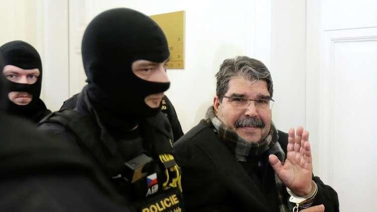 تركيا تدعو السويد لاعتقال صالح مسلم وتسليمه لها