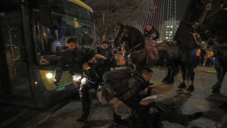 مظاهرات لليهود المتشددين ضد مشروع الخدمة العسكرية الإلزامية في إسرائيل