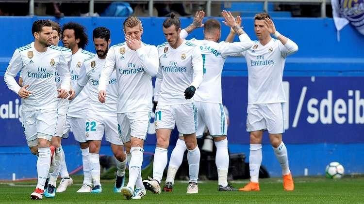 شاهد.. رونالدو ينقذ ريال مدريد من كمين إيبار