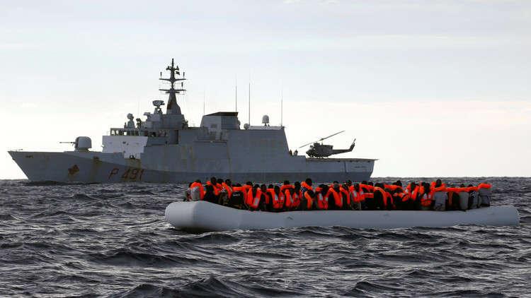 ليبيا.. إنقاذ مئات المهاجرين إلى إيطاليا في البحر