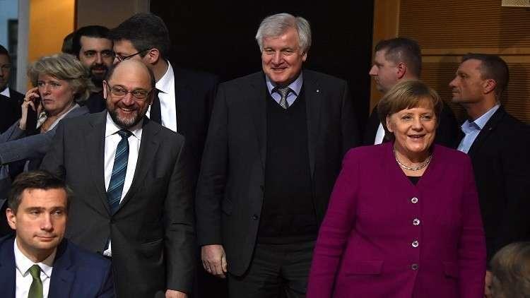 وزير الداخلية الألماني يعتمد نهجا متشددا حيال الهجرة