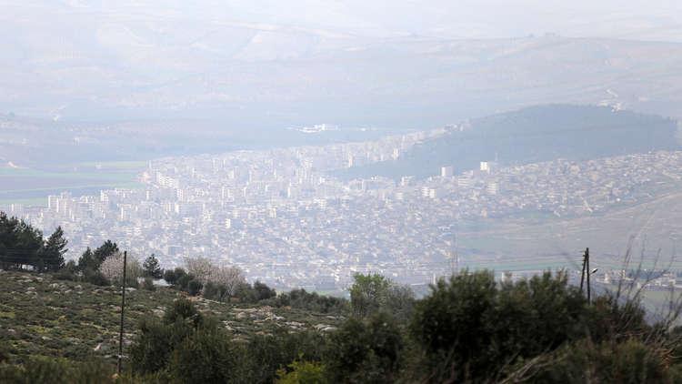 الأكراد يدفعون بتعزيزات جديدة إلى عفرين و