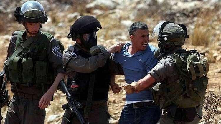 إسرائيل تعتقل 11 صيادا في غزة بعد إطلاق النار على قاربهم