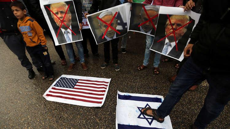 نيويورك تايمز: إدارة ترامب تستكمل إعداد خطة التسوية في الشرق الأوسط
