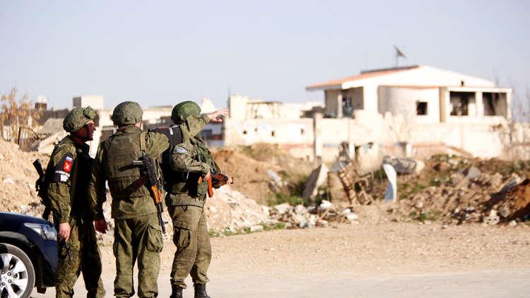 الدفاع الروسية: خروج 76 مدنيا من الغوطة الشرقية عبر الممرات الإنسانية
