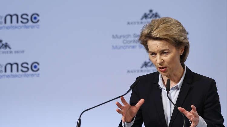 وزيرة الدفاع الألمانية تبحث ملف سكريبال مع نظيرها البريطاني