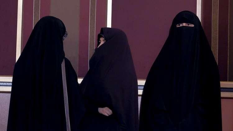 إيران.. النساء قريبا خلف مقود الطائرات