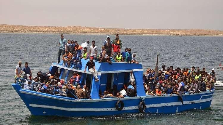 تونس.. إنقاذ 120 مهاجرا قرب سواحل جزيرة وسط البلاد
