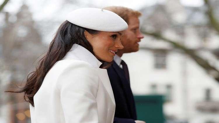 إليزابيث الثانية تباركللأمير هاري زواجه من ميغان ماركل