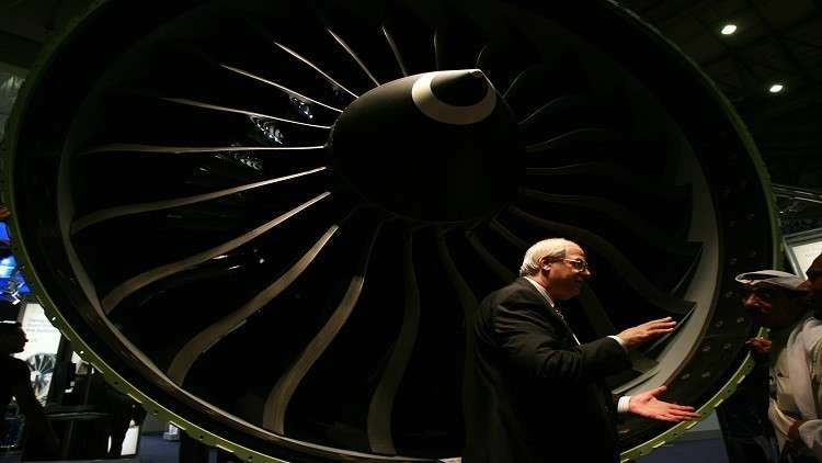 اختبار أكبر محرك طائرات في العالم