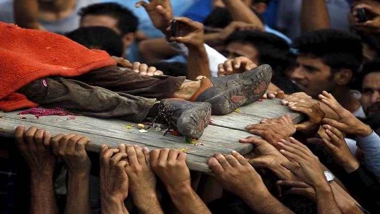 مقتل 5 هنود من أسرة واحدة بقصف في كشمير